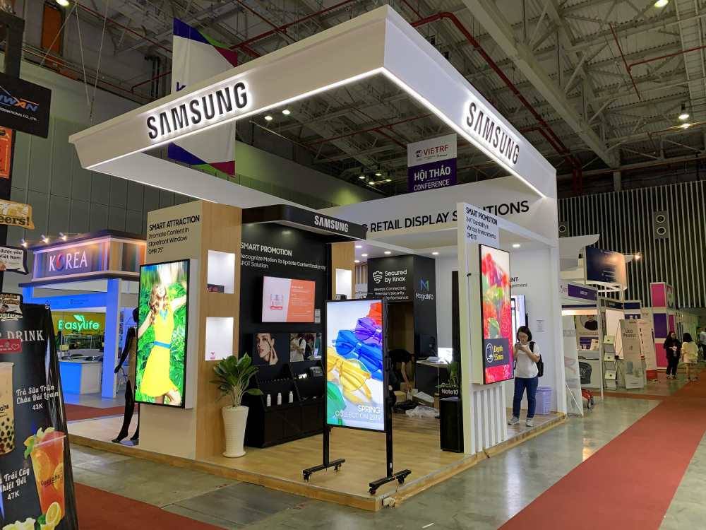Thi công gian hàng triển lãm Samsung