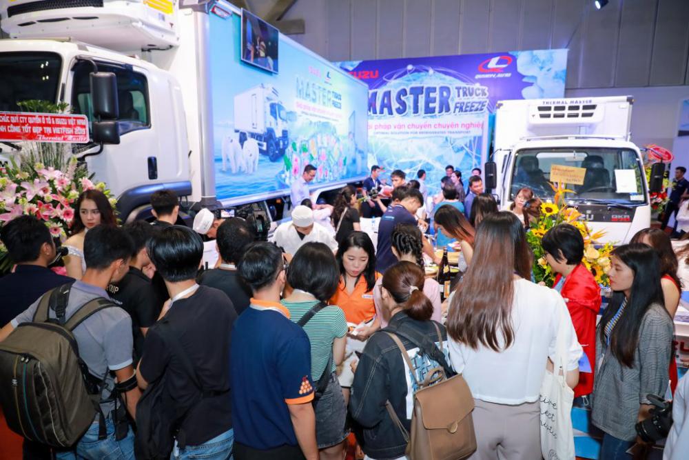 Isuzu - Vietfish Exhibtion booth