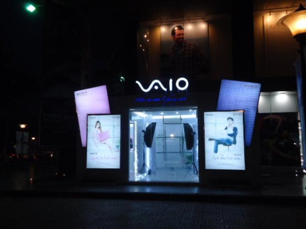 Gian hàng kích hoạt thương hiệu Sony Vio E
